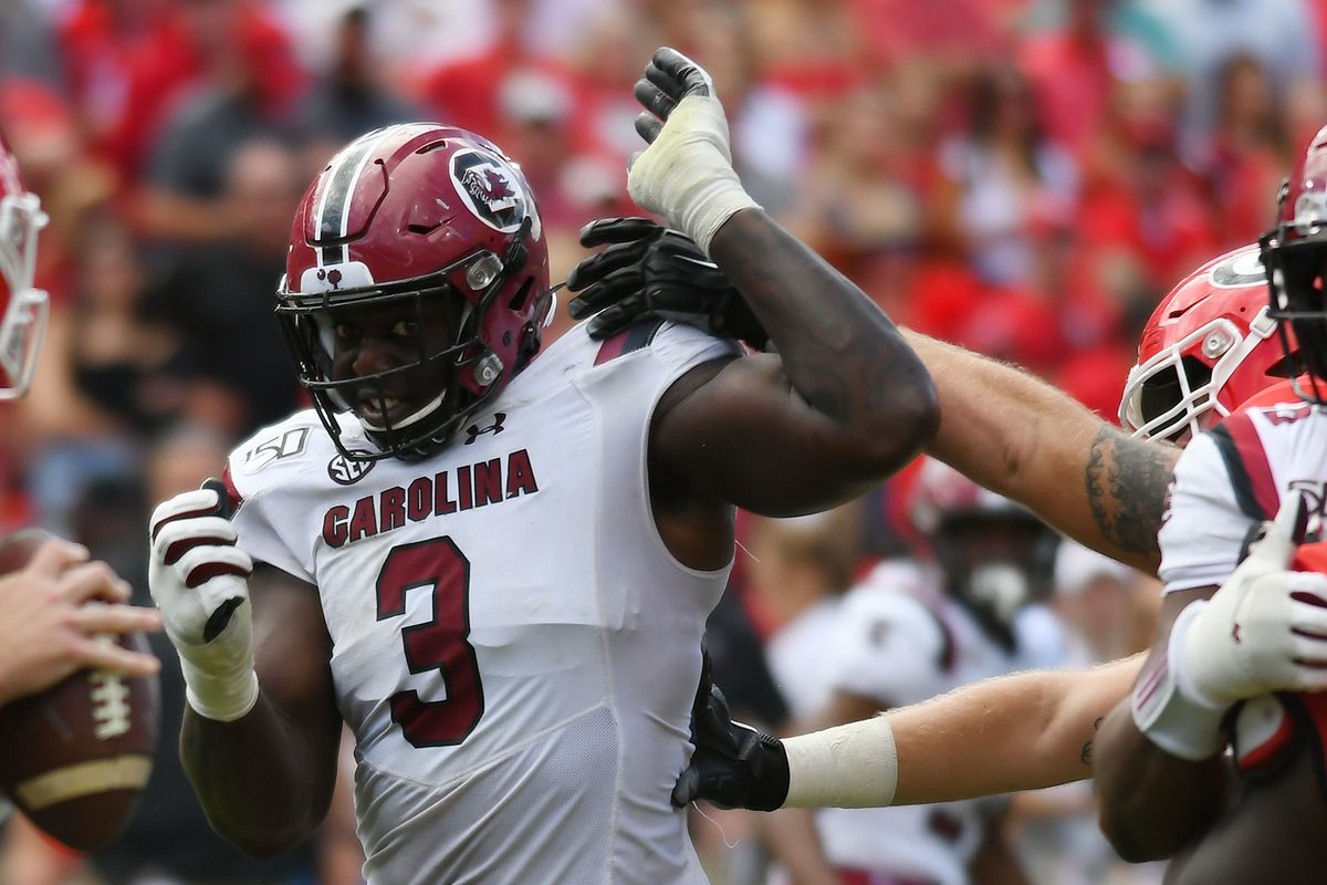 javon kinlaw raiders and falcons trade