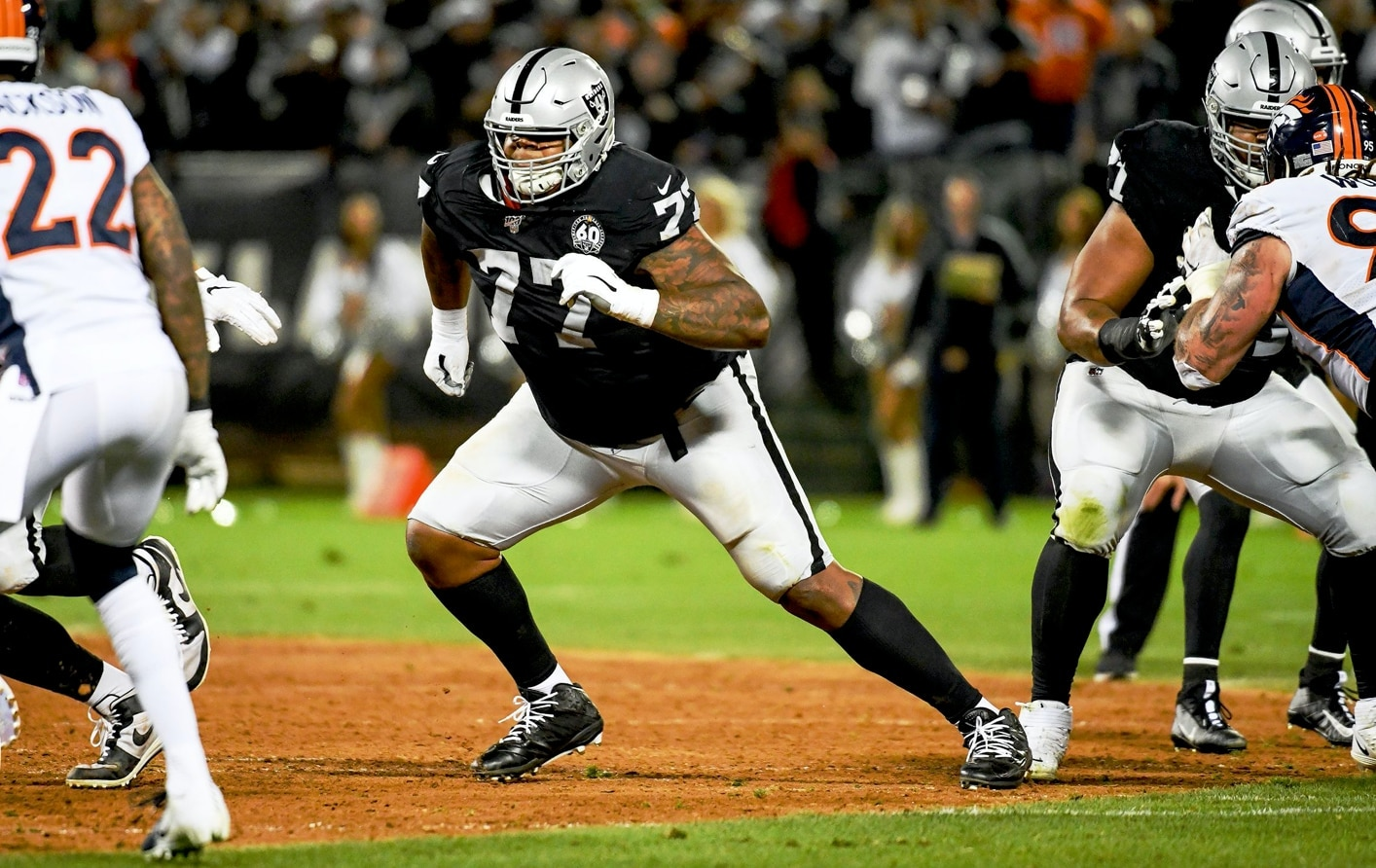 Raiders offensive line Trent Brown